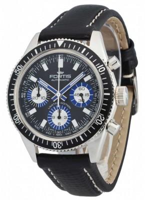 poza ceas Fortis Aquatis Marinemaster Chronograph Limited Edition 800.20.85 L.01